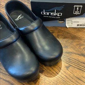 Brand New Dansko Pro Oiled Clogs